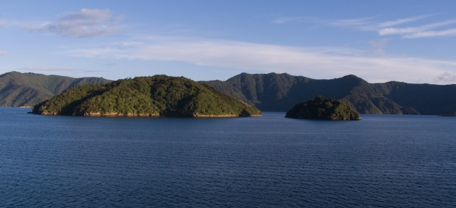 07NZ_5240_Queen_Charlotte_Sound[1]